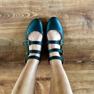 Black 3-Buckle Flat Shoe